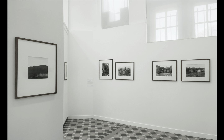 Vues partielles de l'exposition « Le Paysage dans la collection du CRP »