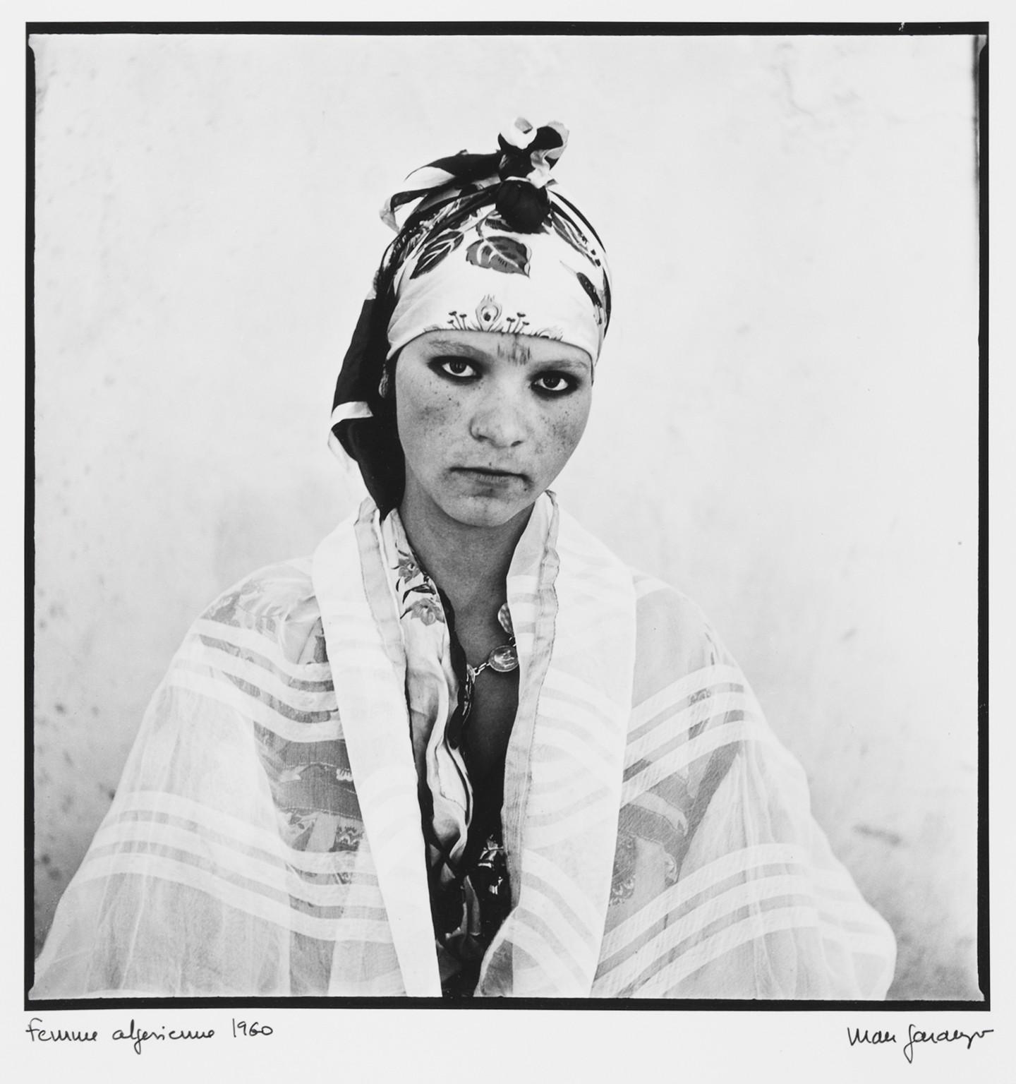 marc-garanger-1935-france-femme-algerienne-3-1960-275-x-268-cm